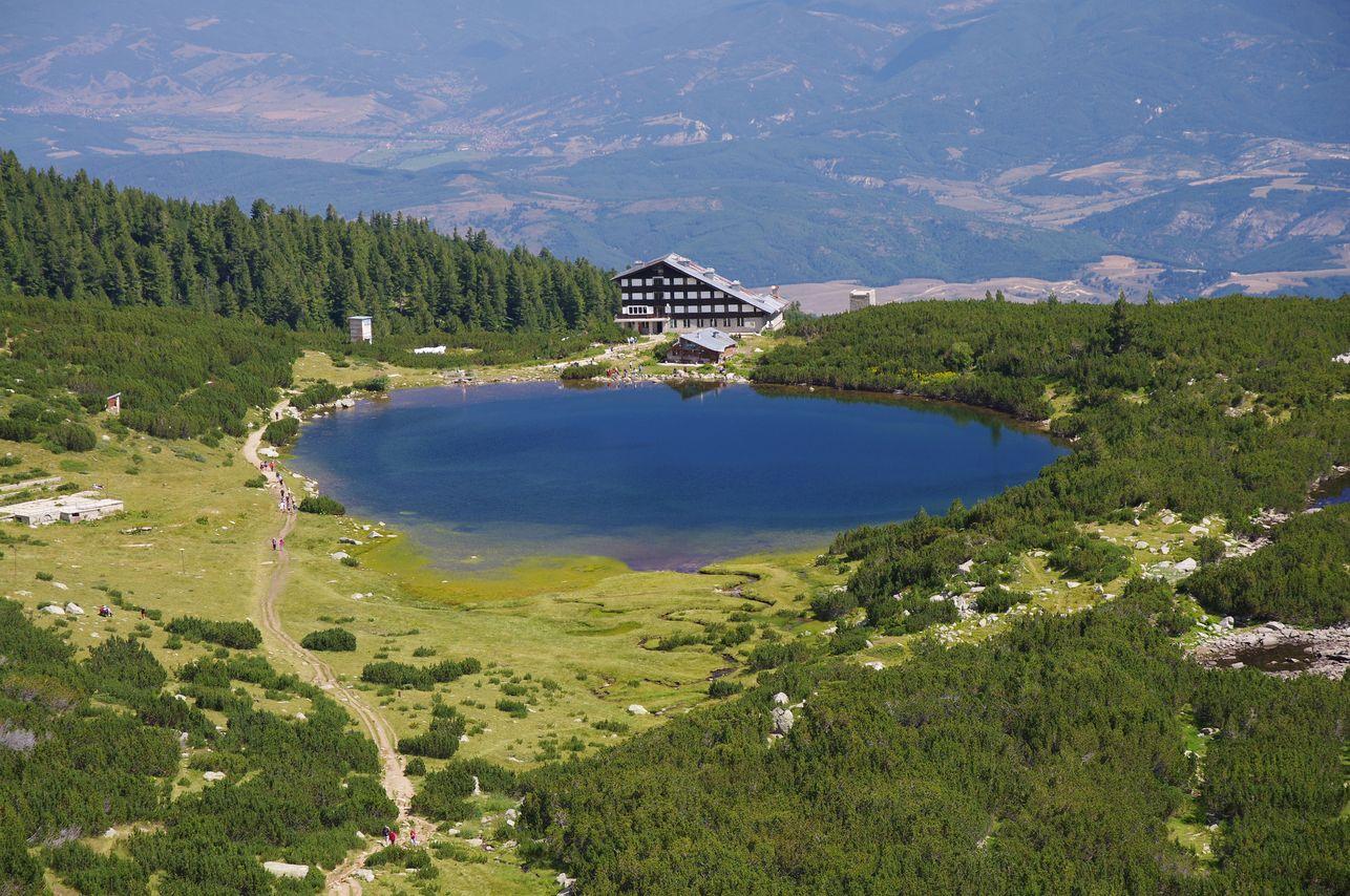 Bezbog Lake