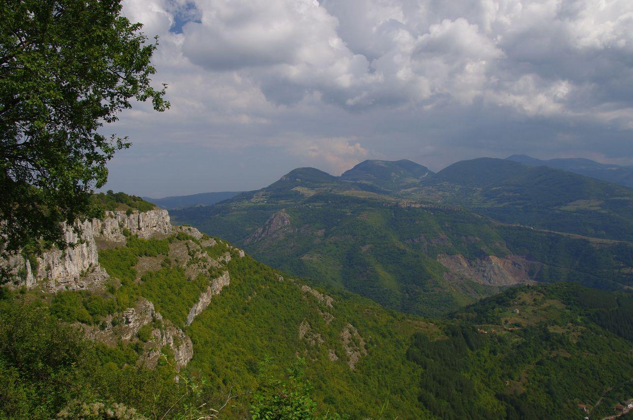 Vazov Trail